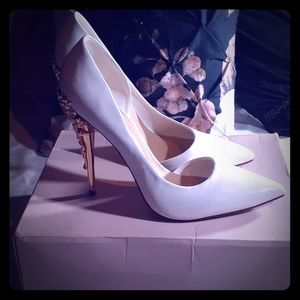 White heels with gold design